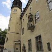 This was the monastery that eventually became Luther's house. In addition to his family living there, they also housed various students, ex-priests, ex-monks, etc.